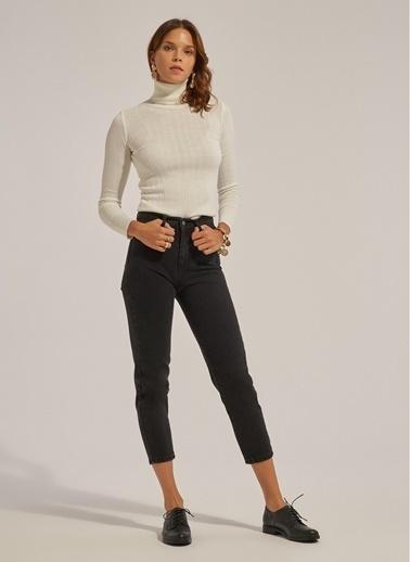 Monamoda Yüksel Bel Mom Fit Pantolon Siyah